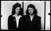 http://www.bernalespacio.com/files/gimgs/th-47_Mike Disfamer Euda Branston Hinesley and Eula Branston Hines twin sisters 1939-46.jpg